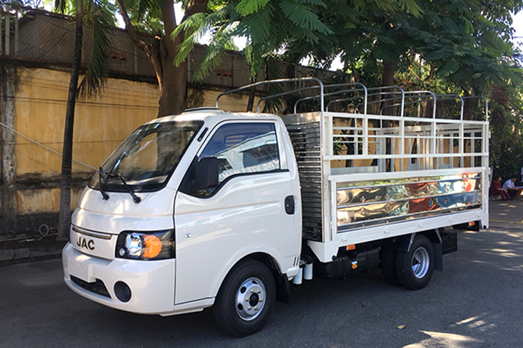 www.123nhanh.com: Đại lý bán xe tải JAC 1T25 thùng dài 3m2 máy ISUZU