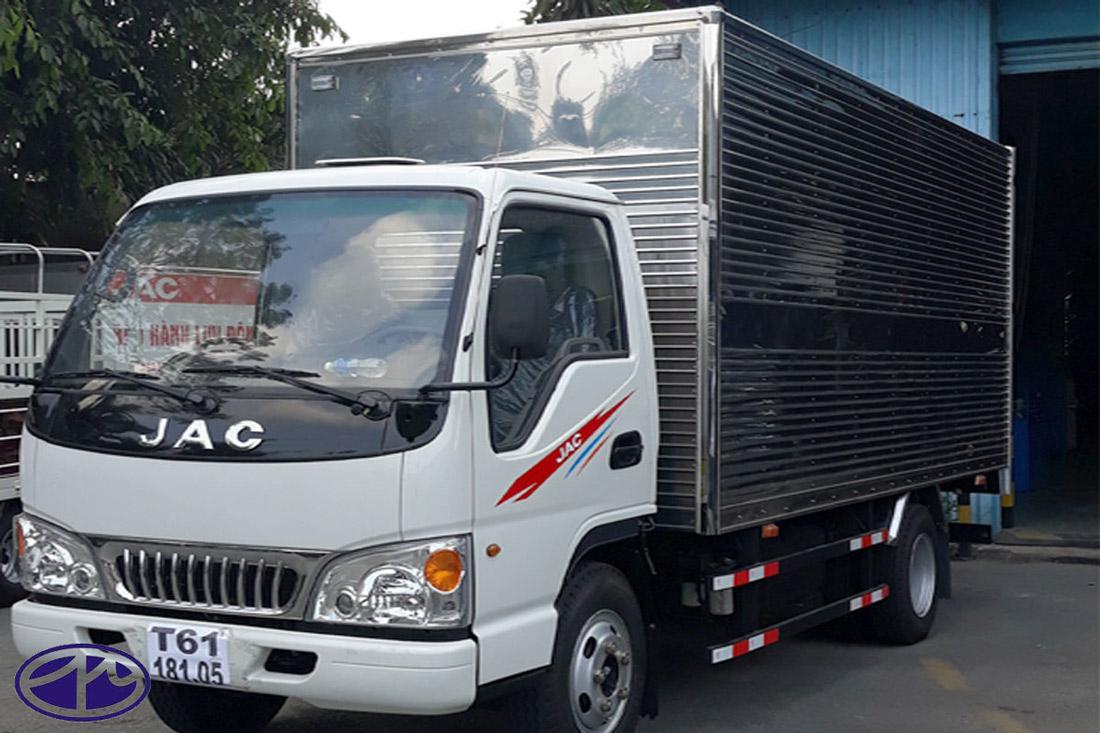 jac-2t4-l250-thùng-kín-3_3m.jpg