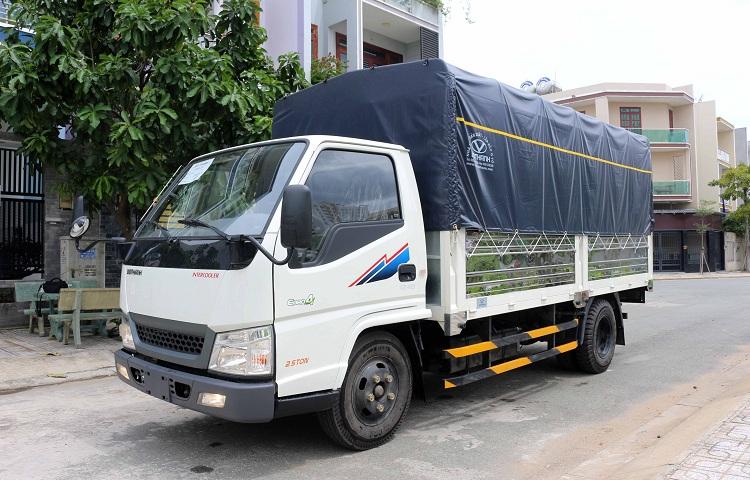 Xe tải IZ49 thùng bạt 2T5