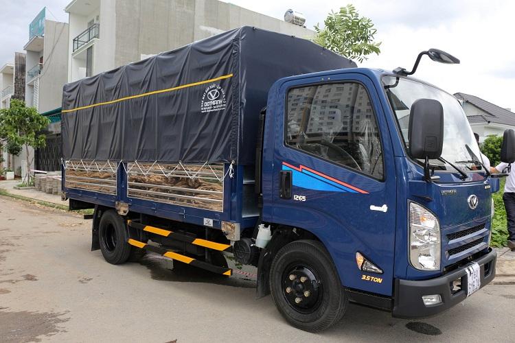 Xe tải IZ65 trọng tải 2T4 tấn